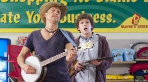 Woody Harrelson e Jesse Eisenberg em Zumbilândia.